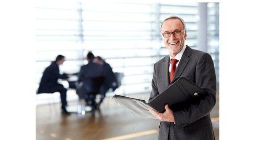 Nett zu sein reicht für Chefs nicht. Mitarbeiter wollen Führungskräfte, die gut organisieren und kommunizieren.
