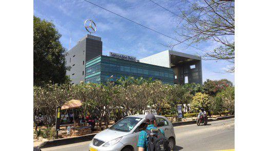 In der Daimler-Niederlassung im südindischen Bangalore sind neben dem Forschung & Entwicklungs-Team auch zunehmend IT-Mitarbeiter angesiedelt.