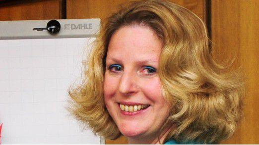 """Claudia Kimich: """"Eine Kernaussage pro Folie ist ideal, in einer halben Stunde sollte man höchstens zehn bis zwölf Folien verwenden."""""""