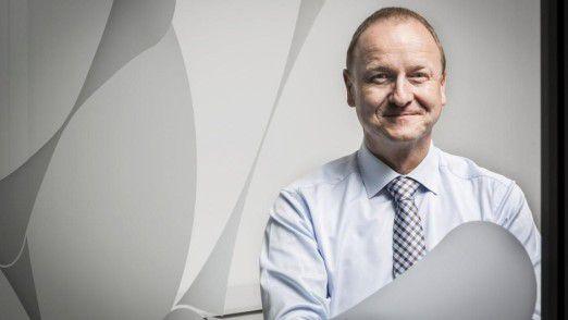 Peter Schumann verlässt die Schenker AG Ende November 2015.