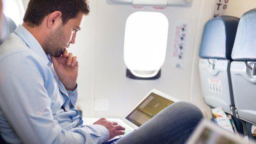 Der Geschäftsreiseverband VDR stemmt sich gegen ein Laptop-Verbot in Flugzeugkabinen.
