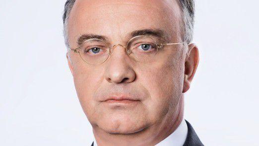 Christian Kullmann folgt Klaus Engel als Vorsitzender des Vorstands bei Evonik.