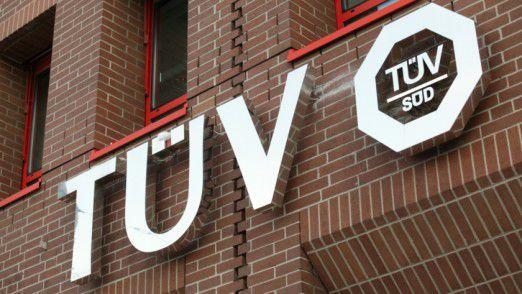 Der TÜV Süd bietet seinen Kunden nun auch die Datenverwaltung übers Internet an.