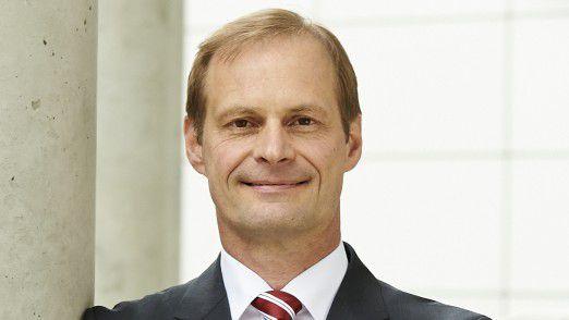 """""""Die SupplyOn-Lösung ermöglicht es uns, mit überschaubarem Aufwand, Tausende von Lieferanten und Dienstleistern in unsere digitale Welt zu integrieren"""", sagt ZF-CIO Jürgen Sturm."""