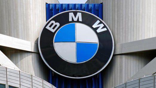 Der Rückstand bleibt: Mercedes-Benz hat in den ersten neun Monaten 1,7 Millionen Autos verkauft, BMW nur 1,5 Millionen.