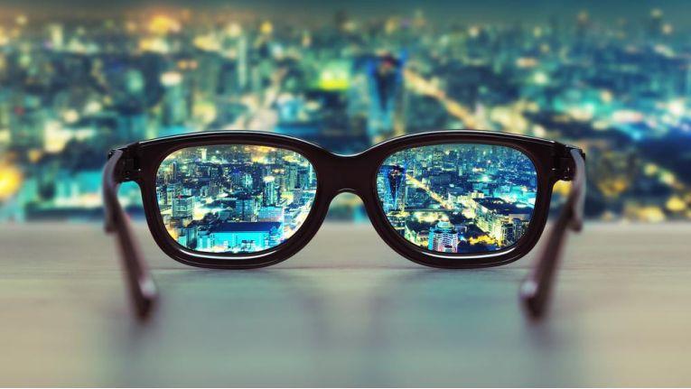 Eine optik bei lange dauert pro wie brille Ausbildung zum