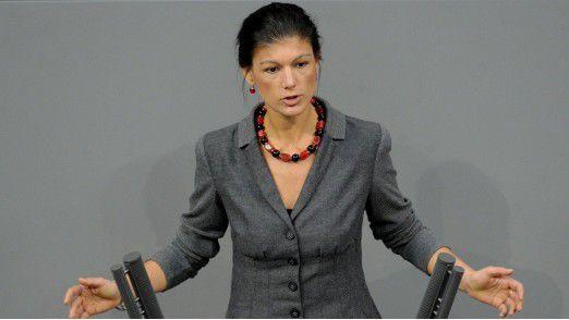 Sahra Wagenknecht ist Fraktionsvorsitzender der Partei DIE LINKE im Deutschen Bundestag.