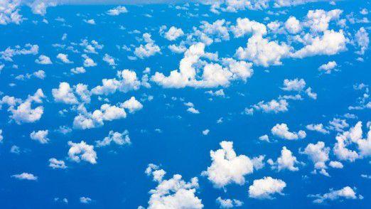 Eine globale Präsenz zählt im Public-Cloud-Markt. Amazon, Microsoft und Google investieren Milliarden in ihre Data Center.