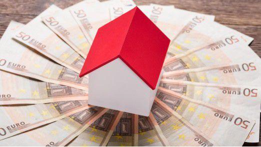 Zwei Drittel der IT-Freiberufler besitzen Immobilien und mehr als jeder Zweite hält Wertpapiere.