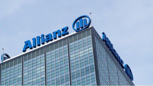 Bis Ende September will die Allianz eigene Aktien im Wert von bis zu einer Milliarde Euro zurückkaufen.