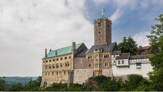 Die Stadt Eisenach - am Fuße der Wartburg (Foto) - muss um seine Automobilproduktion bangen.