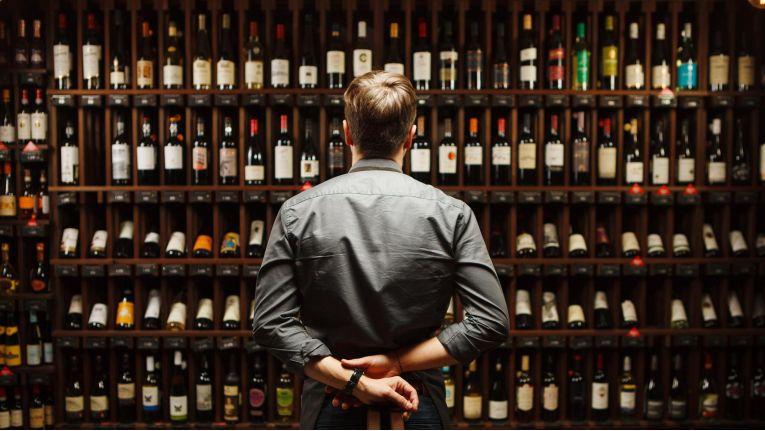Erste Blockchain für den Weinhandel von SAP und EY
