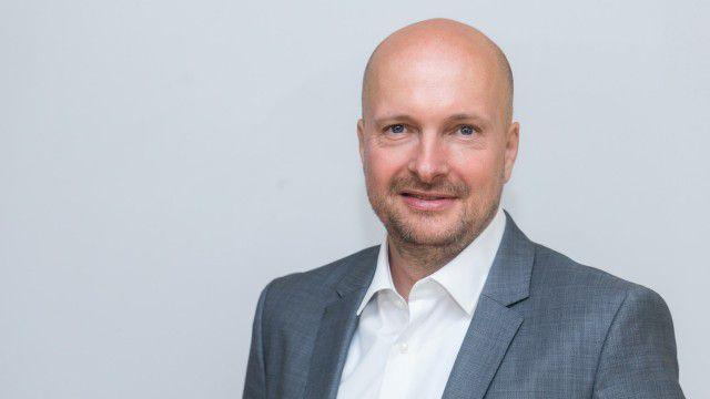 Digitalisierung des Gesundheitswesens: Charité-CIO Peuker nimmt Kurs auf personalisierte Medizin