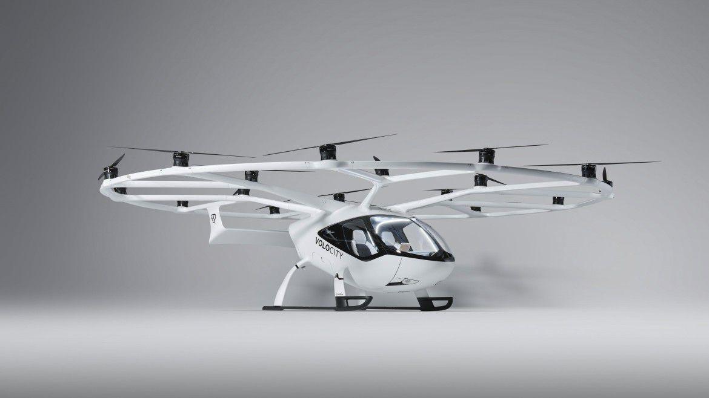 Volocopter hat den ersten elektrischen Senkrechtstarter für den Stadtverkehr entwickelt. Alexander Oelling spricht am Mittwoch, den 24. Februar, um 10:30 Uhr über den digitalen Backbone, der dafür notwendig ist.