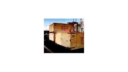 Bei Containern mit eingebauten Transpondern weiß die Spedition, wo sie stehen. Fortschrittliche Systeme lassen es sogar den Kunden wissen.