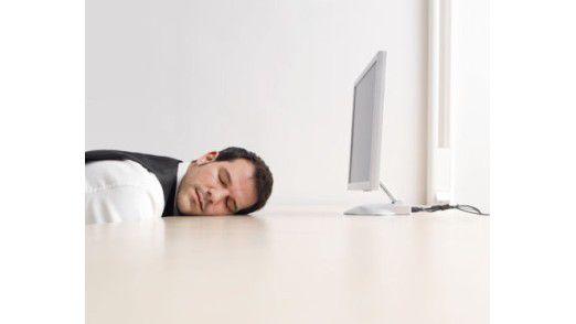 Bei manchen Bewerbungsanschreiben kann der Personaler nur noch die Augen verschließen.