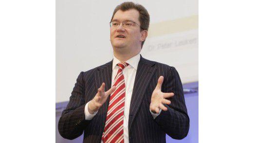 Für Peter Leukert muss ein CIO fünf Rollen beherrschen. Er braucht diese Tugenden auch bei der Migration der Dresdner Bank.