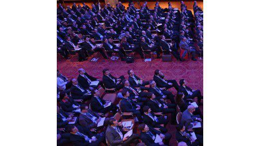 Die 12. Hamburger IT-Strategietage begannen mit einem Paukenschlag: 750 Teilnehmer kamen nach Hamburg. Das ist ein neuer Teilnehmerrekord.