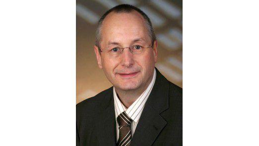 """""""Vom Betrieb des ERP-Systems auf der HANA-Plattform erwarten wir, dass sich komplexe Materialbedarfsplanungsläufe (MRP) künftig ad hoc, also nahezu in Echtzeit, simulieren lassen"""", erläutert CIO Peter Buchmüller vom Butterspezialisten Meggle AG."""