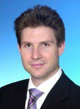 Matthias Gröbner ist Projektmanager im Kompetenzzentrum InfoCom bei Roland Berger Strategy Consultants.