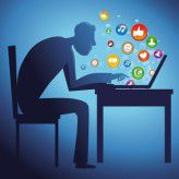 Ob ihr Engagement in sozialen Netzwerken wirklich etwas nützt, da sind Marketingleiter von Banken skeptisch - zu recht.