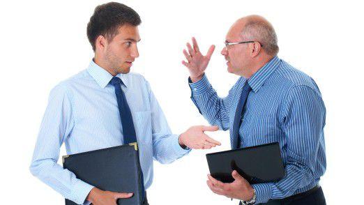 Handgreiflich wird hoffentlich keiner, aber Probleme zwischen den Generationen gibt es am Arbeitsplatz oft, wie eine Studie im Auftrag von ADP zeigt.