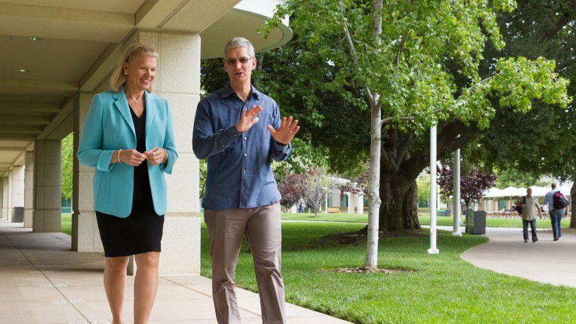 IBM-CEO Virginia Rometty und Apple-Chef Tim Cook sind sich einig: Unternehmen sollen professionelle Unterstützung für die Nutzung von iPhones und iPads bekommen.