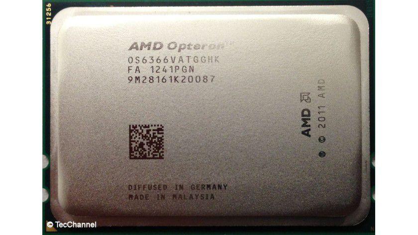 AMD Opteron 6366 HE: Der 16-Core-Prozessor mit Piledriver-Architektur arbeitet mit 1,8 GHz Basistakt. Turbo CORE erlaubt einzelnen Kernen bis zu 3,1 GHz. Platz nimmt die CPU weiterhin im Socket G34 der Vorgänger Opteron 6100 und 6200.