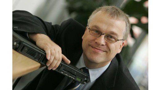 """Bernhard Haluschak, Redakteur Team Technologie: """"Ich freu mich auf die neuen Funktionen wie Cortana oder den Edge-Browser."""""""