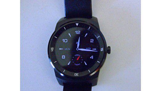 Die LG-Watch wartet mit einem gut ablesbaren Display auf.