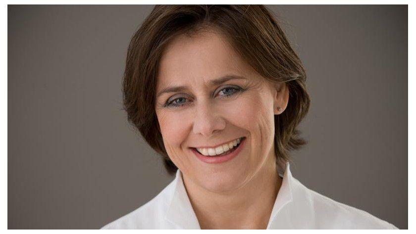 """Simone Wamsteker, Accenture: """"Unsere Mitarbeiter müssen die Prozessabläufe in unterschiedlichen Branchen genau verstehen, um Ideen für digitale Projekte zu entwickeln und umzusetzen."""""""