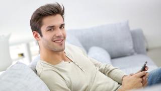 Männer anfälliger: Zwanghaftes E-Mail-Checken - Foto: goodluz - Fotolia.com