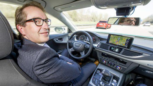Nicht nur für den Verkehr, sondern auch für den Ausbau der digitalen Infrastruktur verantwortlich: Alexander Dobrindt.