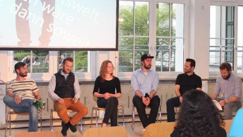 Microsoft diskutiert mit Studenten über gute Arbeit - Foto: Microsoft Deutschland GmbH