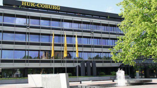 HUK-Zentrale in Coburg: Die Versicherung fürchtet künftig um ihr Geschäftsmodell im Autoversicherungsmarkt.