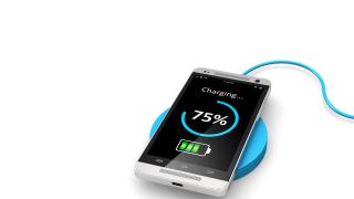 Handy-Akkulaufzeit verlängern: Stromspar-Tipps für Smartphones - Foto: Oleksiy Mark - Fotolia.com