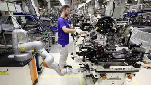 Volkswagen: Die Golf-Produktion musste durch den Konflikt mit der Zulieferfirma zeitweise gestoppt werden.