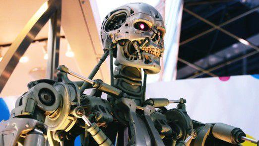 """Spätestens seitdem der Terminator in den amerikanischen Kinos im Oktober 1984 Angst und Schrecken verbreitete, rückte der Begriff """"künstliche Intelligenz"""" auch in die Köpfe außerhalb der Universitäten."""