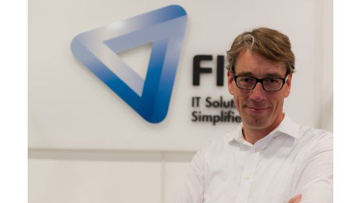 Leif Oberste-Berghaus, Business Unit Director des Bereiches FIT Enterprise Solutions Microsoft bei Freudenberg IT, lobt Microsofts Programmierer für ihre saubere Arbeit bei Windows 10.