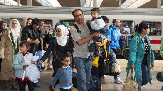 1.100.000 Registrierungen liefen seit Juni 2016 über das System. Dabei konnten 370.000 Personentage bei der Registrierung von Flüchtlingen eingespart werden. Die gemittelte Dauer einer Registrierung wurde von drei Stunden auf 20 Minuten reduziert.