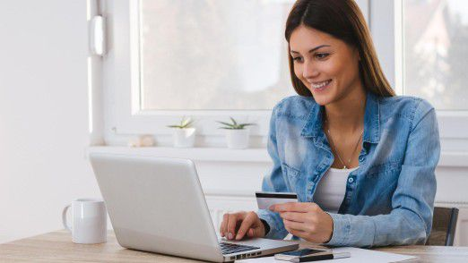 Zahlungen im Internet und an der Ladenkasse sollen für den Verbraucher günstiger werden.