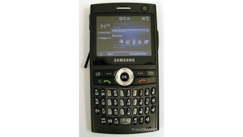 Schicker Begleiter: Samsung schickt ein gut aussehendes Smartphone mit hervorragenden inneren Werten ins Rennen um die Gunst der Business-User.