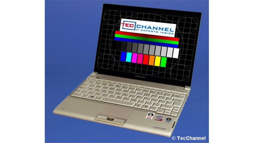 Toshiba Portégé R500: Das 12-Zoll-Display mit LED-Hintergrundbeleuchtung arbeitet mit einer Auflösung von 1280 x 800 Bildpunkten.