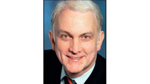 Friedrich Wöbking bleibt auf jeden Fall bis März IT-Vorstand der Dresdner Bank.