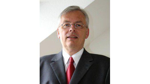 """Lothar Hirschbiegel, Ex-CIO der Siemens Kraftwerkssparte, derzeit Berater: """"Bis Ende 2008 lief das Geschäft eigentlich gut. Aber danach ging die Spirale richtig nach unten."""""""