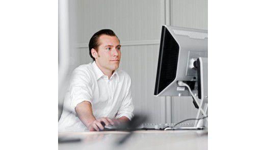 Viele Admins schieben Überstunden und müssen deshalb Abstriche beim Privatleben machen.