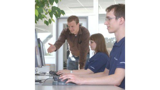 Weiterbildungsmaßnahmen werden verstärkt von Akademikern unter 35 Jahren genutzt.