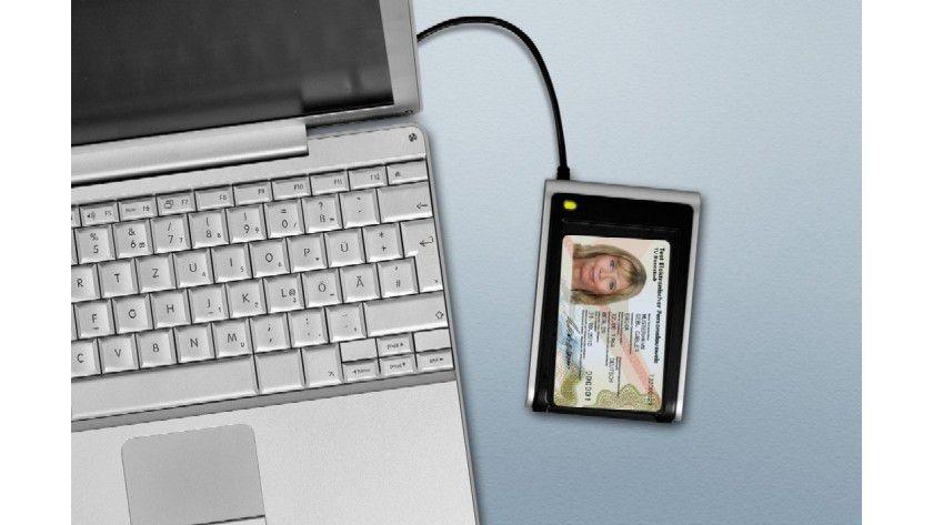 Risiko: Der elektronische Personalausweis hat Sicherheitslücken.