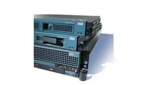 Sieht von außen wie ein herkömmliches Blade-System aus: Aber der UCS-Server (Unified Computing System) von Cisco kann weit mehr - Virtualisierung auf einer neuen Stufe. (Foto: Cisco)