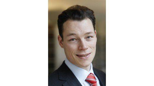 Karriere-Berater und Buchautor Martin Wehrle nimmt den Irrsinn in deutschen Firmen unter die Lupe.